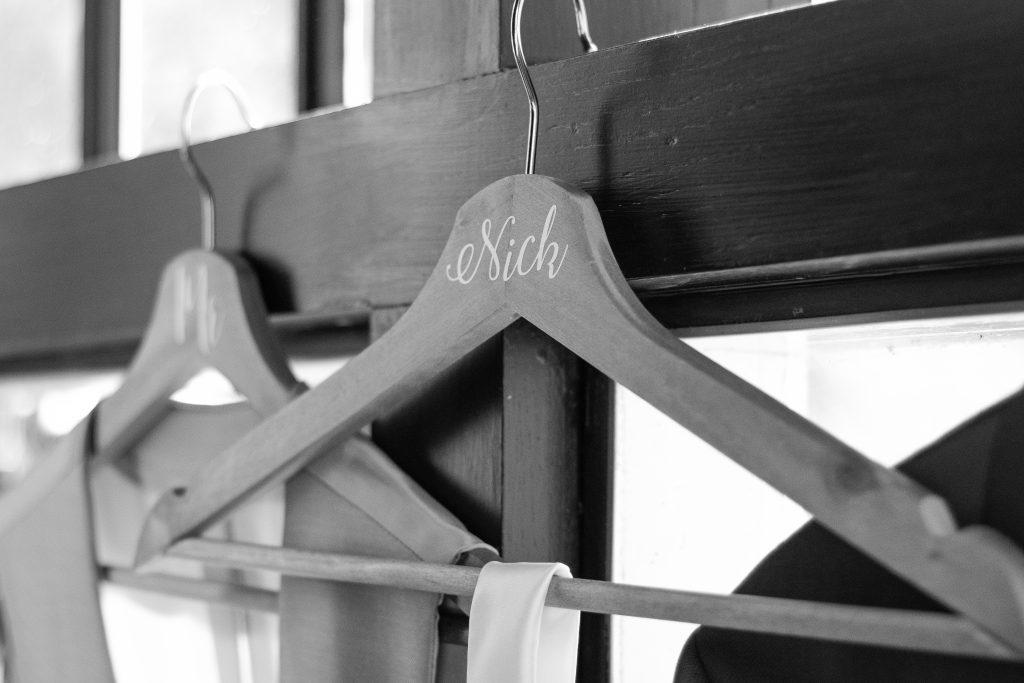 Details bij de bruidegom